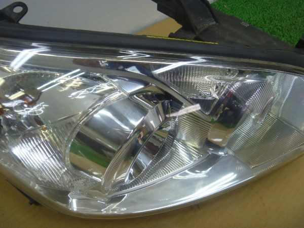 RAV4 ACA31W ヘッドランプ