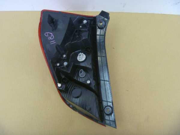 フィット GP5 テールランプ修理