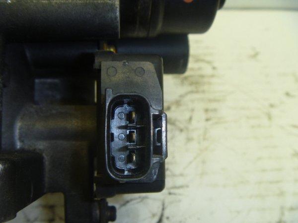 クラウンコンフォート YXS10 スロットルボディ修理