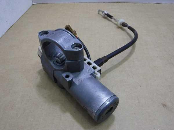 キャラバン VWME25 キーシリンダー交換