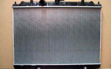 社外新品ラジエター 日産 セレナ TC24 21460-AE000